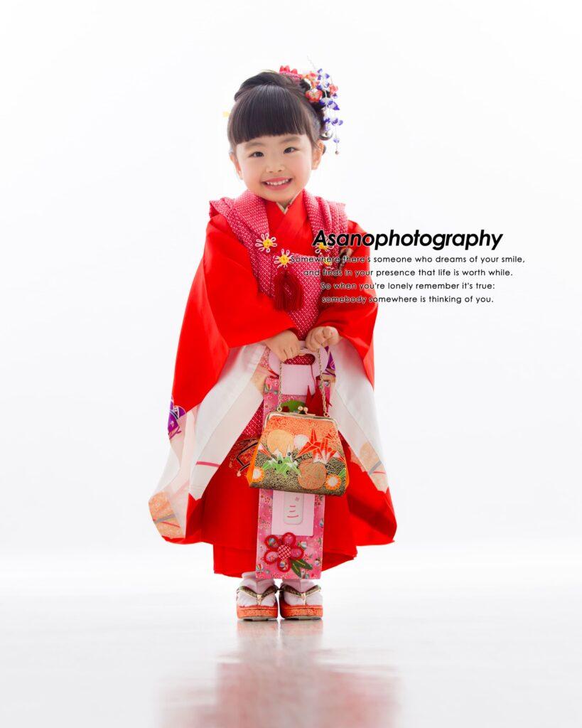 七五三、3歳女の子☆ニコニコはじける笑顔でスタジオ撮影